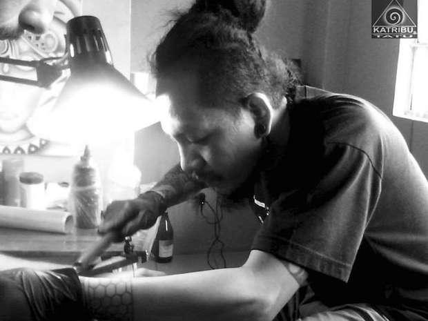 Modern Mambabatok Reviving The Art Of Philippine Hand Tapped